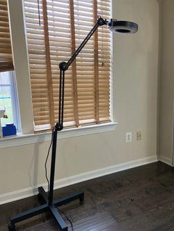 , Cosmetic Lamp for Sale in Ashburn,  VA
