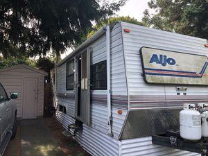 1994 Aljo 30 ft travel trailer for Sale in Portland, OR