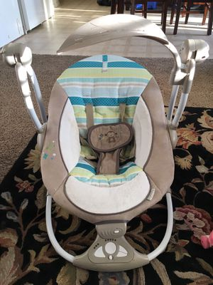 Ingenuity ConvertMe Swing-2-Seat Portable Swing for Sale in Victorville, CA