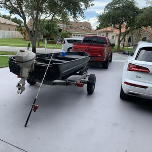13.5 Ft Jon Boat, Trailer and Motor for Sale in Hollywood, FL