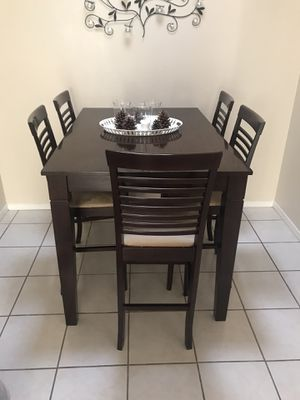 Espresso Dining Room table & Chairs for Sale in San Diego, CA
