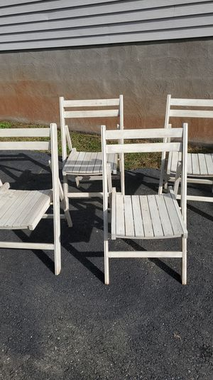 4 Collapsible Wooden Chairs for Sale in Cumberland, VA