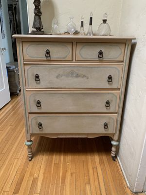 Antique dresser for Sale in West Hollywood, CA