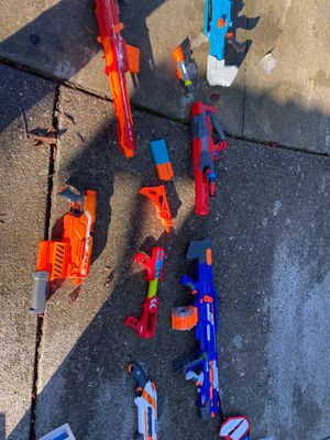 Nerf guns. 7 and pieces of things for Sale in Livermore, CA