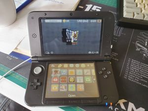 Nintendo 3DS XL - adult owned - comes loaded with games! for Sale in Cypress, CA