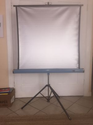 SINGER Adjustable & Collapsable Projector Screen, 37 inches for Sale in Hazard, CA