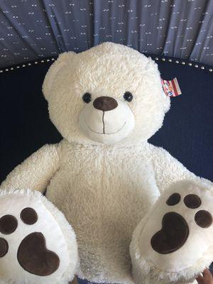 Giant Teddy bear for Sale in Henderson, NV