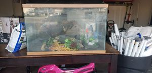Fish tank with aquarium sequence for Sale in Hemet, CA