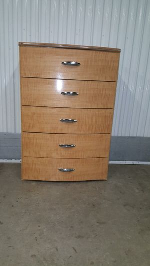 Chest of Drawers Dresser for Sale in Decatur, GA