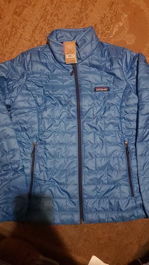 Patagonia size small women jacket original prize $199 for Sale in Camden, NJ