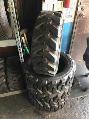 Llantas para Forcklift 27x8.5r15 for Sale in Long Beach, CA