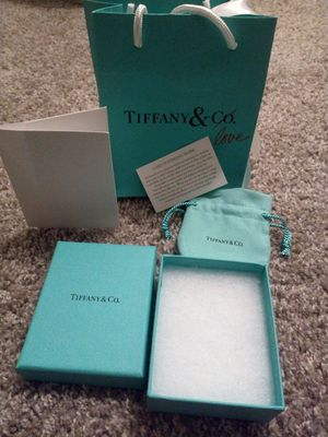 Tiffany's bag for Sale in Dallas, TX