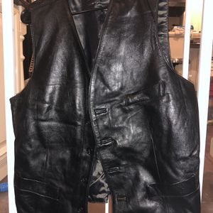 New Men's Leather Vest for Sale in East Northport, NY
