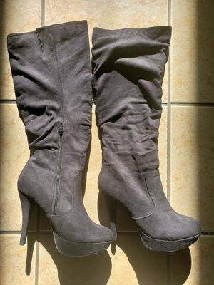 Knee high boots 7.5 for Sale in Grand Prairie, TX