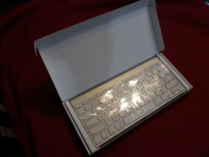 Apple Bluetooth Keyboard *New in Box* for Sale in Jeffersonville, IN