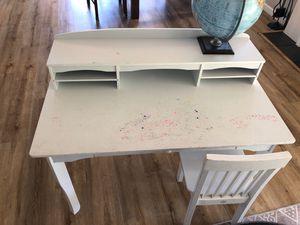 Kids kraft desk for Sale in Santee, CA