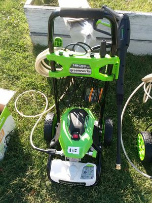 New greenworks 1800 psi pressure washer for Sale in Baltimore, MD
