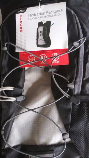 Hydration backpack new for Sale in Waldorf, MD