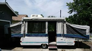 1995 Coleman fleetwood pop up camper for Sale in Austin, TX