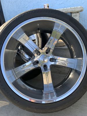 22 inch rims for Sale in Los Angeles, CA