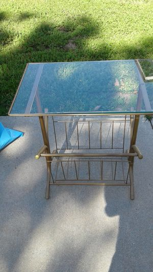 VINTAGE metal and glass top table/magazine rack for Sale in Torrance, CA