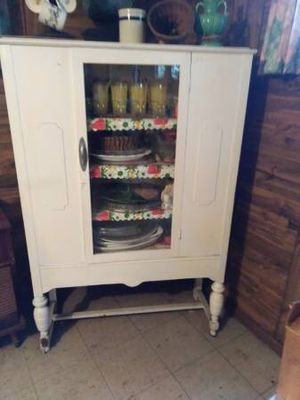Antique China Cabinet for Sale in Homewood, IL