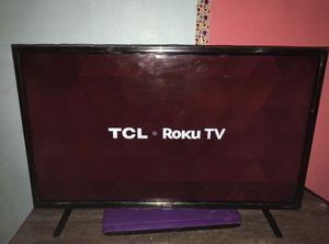 Roku smart tv 32 inch for Sale in Buffalo, NY