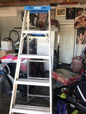 Escalera 6ft $30 for Sale in Nuevo, CA