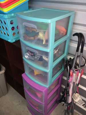 Three drawer plastic storage for Sale in San Antonio, TX