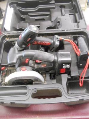 CRAFTSMAN 3PC SET 19.2V CORDLESS: DRILL, CIRCULAR SAW, FLASHLIGHT for Sale in Columbus, OH