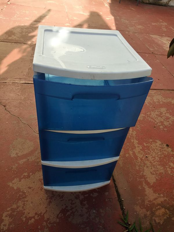 3 plastic drawers storage