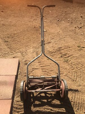 American push reel lawn mower for Sale in Norco, CA