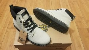 Dr Martens boots size 5 in women for Sale in Paramount, CA