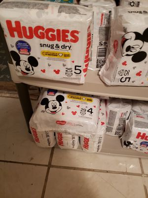 Diapers for Sale in LAKE CLARKE, FL