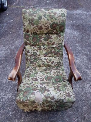 Antique rocking chair for Sale in West Linn, OR
