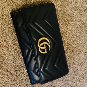 Gucci GG Marmont continental wallet for Sale in Albuquerque, NM