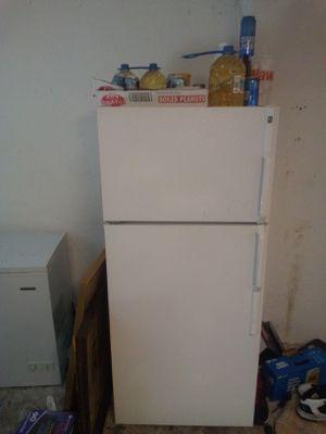 Refrigerator/freezer for Sale in Hudson, FL