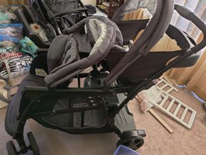 Graco Ready2Grow Double Stroller for Sale in Olympia, WA