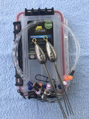 Mini Surf Fishing Starter Pack w/2 3oz Surf Weights, 2 Surf Leaders and a Plano 3440 Waterproof Box for Sale in Sugar Land, TX