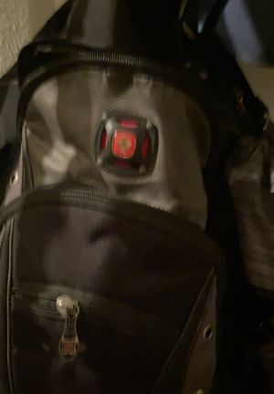 Swiss gear backpack good condition tons of storage for Sale in Dallas, TX