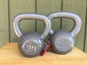Kettle Bell Weights 20 pound and 25 pound Kettlebell Kettle bells weights for Sale in City of Industry, CA
