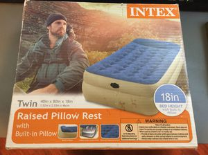 Intex Air Bed with raised pillow for Sale in Anaheim, CA