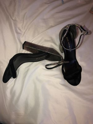 Black chic heels for Sale in Clayton, NC