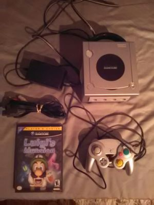 Game cube with luigis mansion for Sale in Orlando, FL