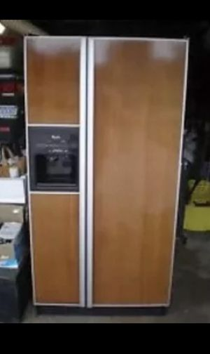 REFRIGERATOR WHIRLPOOL GOLD DESIGNER FIT SIDE-BY-SIDE DOORS WITH EXTERIOR ICEMAKER for Sale in Miami, FL