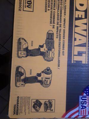 Dewalt 20v lithium max drill set for Sale in San Jose, CA
