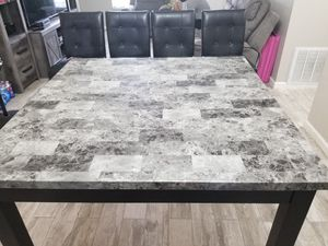 High kitchen table and 4 chairs. Asking 125...OBO... for Sale in Orlando, FL