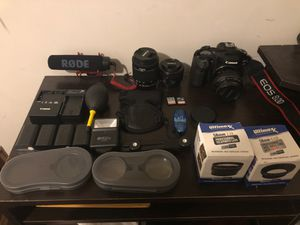 Canon 80D For Sale w/ Extras !!!! for Sale in Floral Park, NY