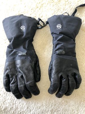 The north face men's winter gloves for Sale in Herndon, VA