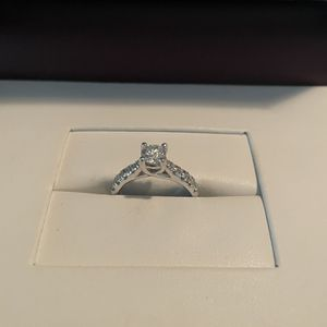 Engagement Ring 💍 for Sale in Riverside, CA